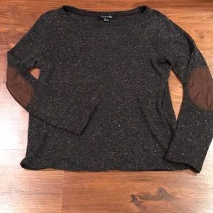 NWOT speckled scoop neck with elbow patches